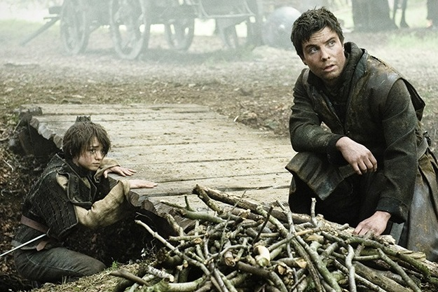 202 Arya and Gendry Game of Thrones Season 2 Sneak Preview
